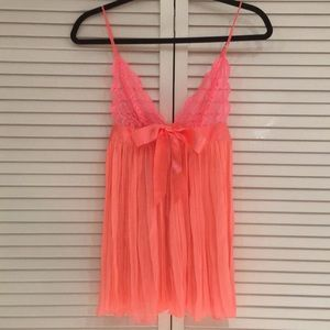 Very cute flowy Victoria's Secret hot pink chemise